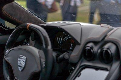 """SSC Tuatara 2019 ra mắt với tham vọng vượt qua """"cái bóng"""" của Koenigsegg Agera RS a6"""