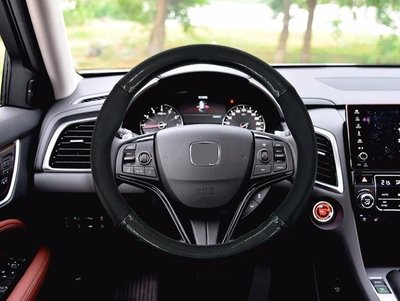 8 phụ kiện ô tô có thể gây nguy hiểm mà nhiều tài xế không biết 2.