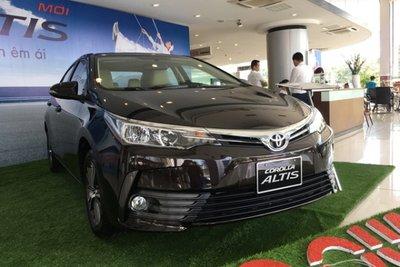 Mua xe Toyota Altis trả góp lãi suất thấp như thế nào?///