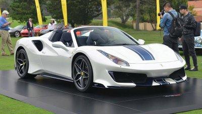 Siêu xe Ferrari 488 Pista Spider chính thức ra mắt.