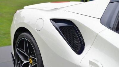 Siêu xe Ferrari 488 Pista Spider chính thức ra mắt - Ảnh 6.