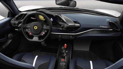 Siêu xe Ferrari 488 Pista Spider chính thức ra mắt - Ảnh 9.