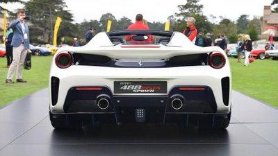 Siêu xe Ferrari 488 Pista Spider chính thức ra mắt - Ảnh 4.