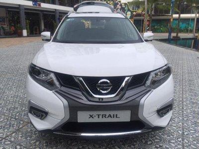 Bắt gặp Nissan X-Trail V-series bản dành riêng cho thị trường Việt lăn bánh trên phố a6