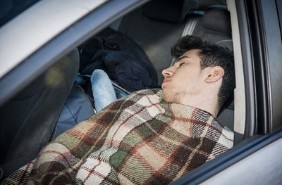 Vì sao người ngủ trong ô tô hay bị tử vong? 1...