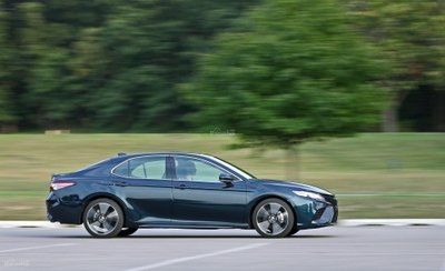 Đánh giá xe Toyota Camry XSE V6 2019 về trải nghiệm lái.