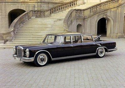 Bộ sưu tập xe của Nữ hoàng Anh Elizabeth II 2