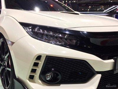 Honda Civic Type R về Việt Nam giá bao nhiêu? a5