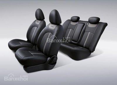 Bản đặc biệt Nissan Sunny Black Series 390 triệu trình làng - 3