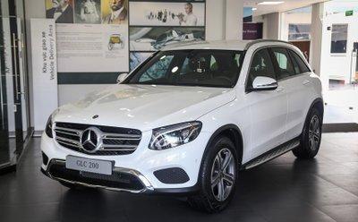 Giá xe Mercedes-Benz GLC200 a1
