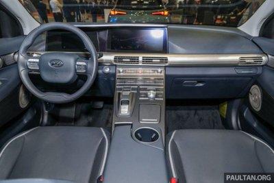Cận cảnh mẫu xe chạy nhiên liệu hydro Hyundai Nexo tại lễ ra mắt a7