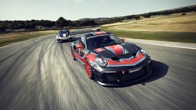 Porsche 911 GT2 RS phiên bản Clubsport: Mạnh mẽ như xe đua a1