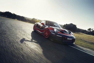 Porsche 911 GT2 RS phiên bản Clubsport: Mạnh mẽ như xe đua a11