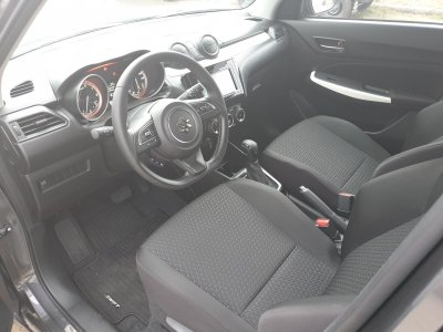 Nội thất xe Suzuki Swift 2020 a4