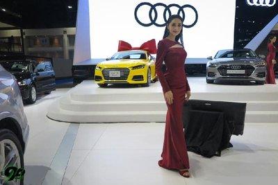Triển lãm xe ô tô Thái Lan ''''''''nóng'''''''' hơn nhờ dàn người mẫu xinh đẹp 6.