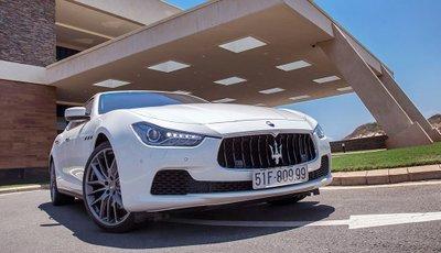 Giá xe Maserati Ghibli 2019 mới nhất tại Việt Nam...