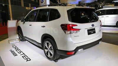 Subaru Forester e-Boxer 2019không thay đổi nhiều về mặt ngoại hình