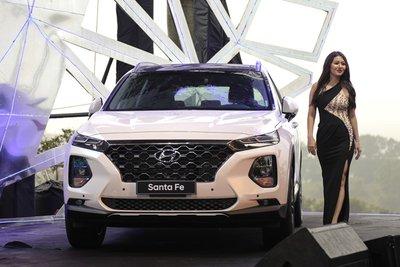 Giá xe Hyundai Santa Fe 2019 mới nhất tại Việt Nam a1