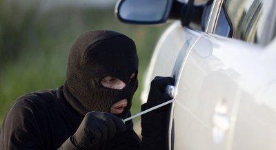 Chỉ điểm 9 mánh khóe trộm ô tô cực tinh vi, dùng dao mỏng,