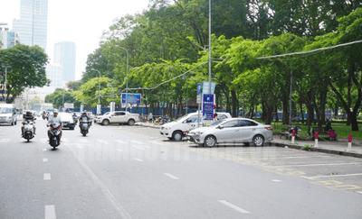 Chỉ điểm 9 mánh khóe trộm ô tô cực tinh vi: không nên đỗ xe nơi vắng vẻ.