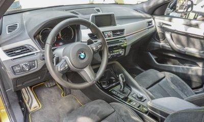 Nội thất xe BMW X2 2019.