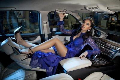 """Bộ ảnh """"nội thất"""" mỹ nữ và siêu xe để tri ân khách hàng của TransTechService9"""
