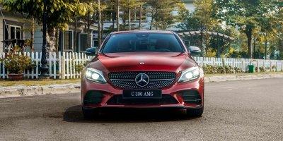 Giá xe Mercedes-Benz C300 AMG 2019 a1