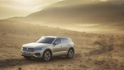 Volkswagen Touareg 2019 trên sa mạc