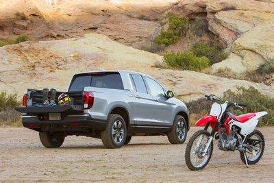 Honda triệu hồi bán tải Ridgeline do dính lỗi ở bộ phận bơm nhiên liệu a3.