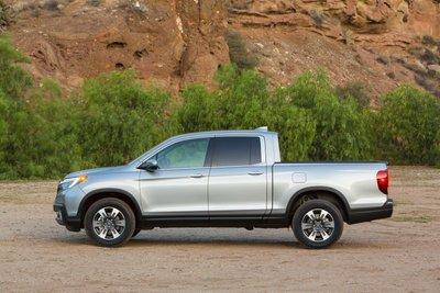 Honda triệu hồi bán tải Ridgeline do dính lỗi ở bộ phận bơm nhiên liệu a2.
