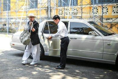 """Bỏ qua hơn 100 xe """"khủng"""", đại gia cafe Trung Nguyên chọn Bentley Arnage đời cũ để """"đi"""" ly hôn2aa"""