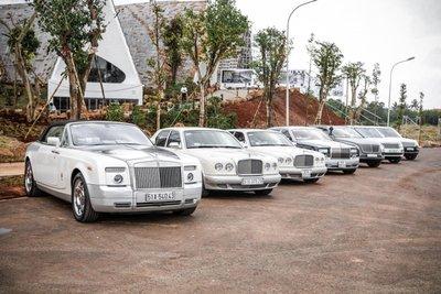 """Bỏ qua hơn 100 xe """"khủng"""", đại gia cafe Trung Nguyên chọn Bentley Arnage đời cũ để """"đi"""" ly hôn6aa1ff"""