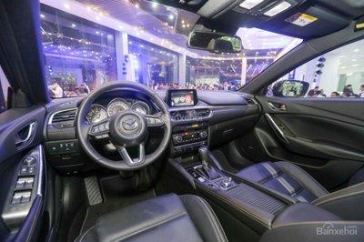 Năm mới, giá lăn bánh xe Mazda 6 2019 tại Việt Nam là bao nhiêu? a2