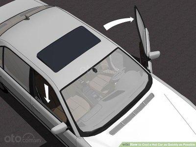3 mẹo hạ nhiệt ô tô cấp tốc, đối phó cái nóng mùa hè - Chỉnh vị trí cửa xe và kính ô tô