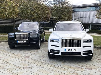 Cristiano Ronaldo bổ sung Rolls-Royce Cullinan vào bộ sưu tập xe hơi khủng a4