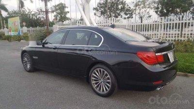 BMW 7 Series màu đen đã qua sử dụng...