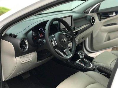 Kia Cerato 2019 cũ được rao bán cao hơn giá niêm yết xe mới tại Việt Nam a3