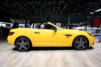 [Geneva 2019] Mercedes-Benz SLC chia tay người dùng