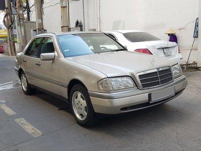 Mercedes-Benz C230 W202 1997