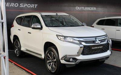 Mitsubishi Pajero Sport bản máy dầu 2019 a1