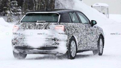 Audi Q2 E-Tron - đuôi xe