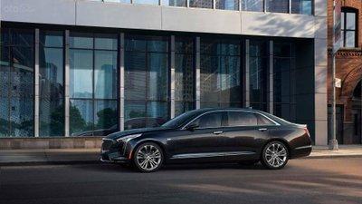 Cadillac CT6-V Sedan thân xe