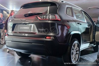 Jeep Cherokee 2019 thay đổi tinh tế