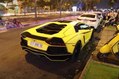 Ống xả Lamborghini Aventador LP700-4 độ Vorsteiner