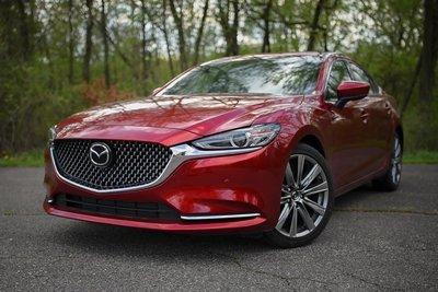Đặt Mazda ngang hàng Lexus và Mercedes-Benz? a1