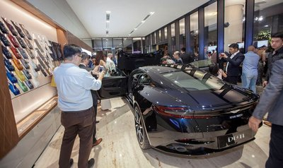 Danh tính 3 đại gia Việt sở hữu siêu xe Aston Martin chính hãng đầu tiên tại Việt Nam134sdss
