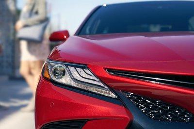 Chưa ra mắt, Toyota Camry 2019 đã lộ nhiều nâng cấp mới tại Việt Nam a1