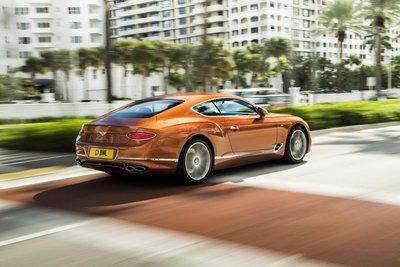 Bentley Continental GT 2020 khoe dáng - 3
