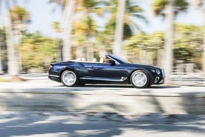 Bentley Continental GT 2020 khoe dáng - 5