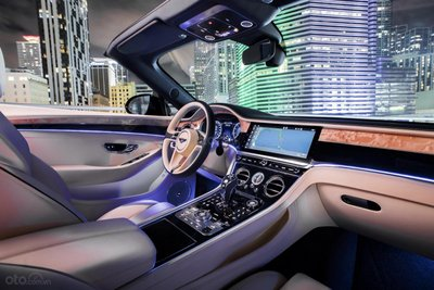 Bentley Continental GT 2020 khoe dáng - 7